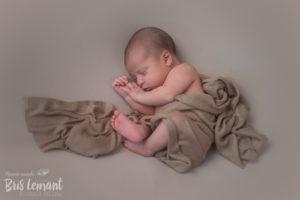 Sesion foto recién nacido newborn en Tenerife - Bris Lemant - Fotografia Emocional